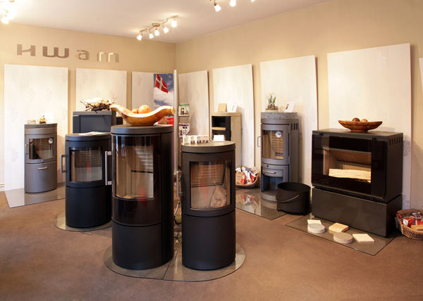 kamine kaminausstellung falkensee hwam fen ofen ber uns. Black Bedroom Furniture Sets. Home Design Ideas